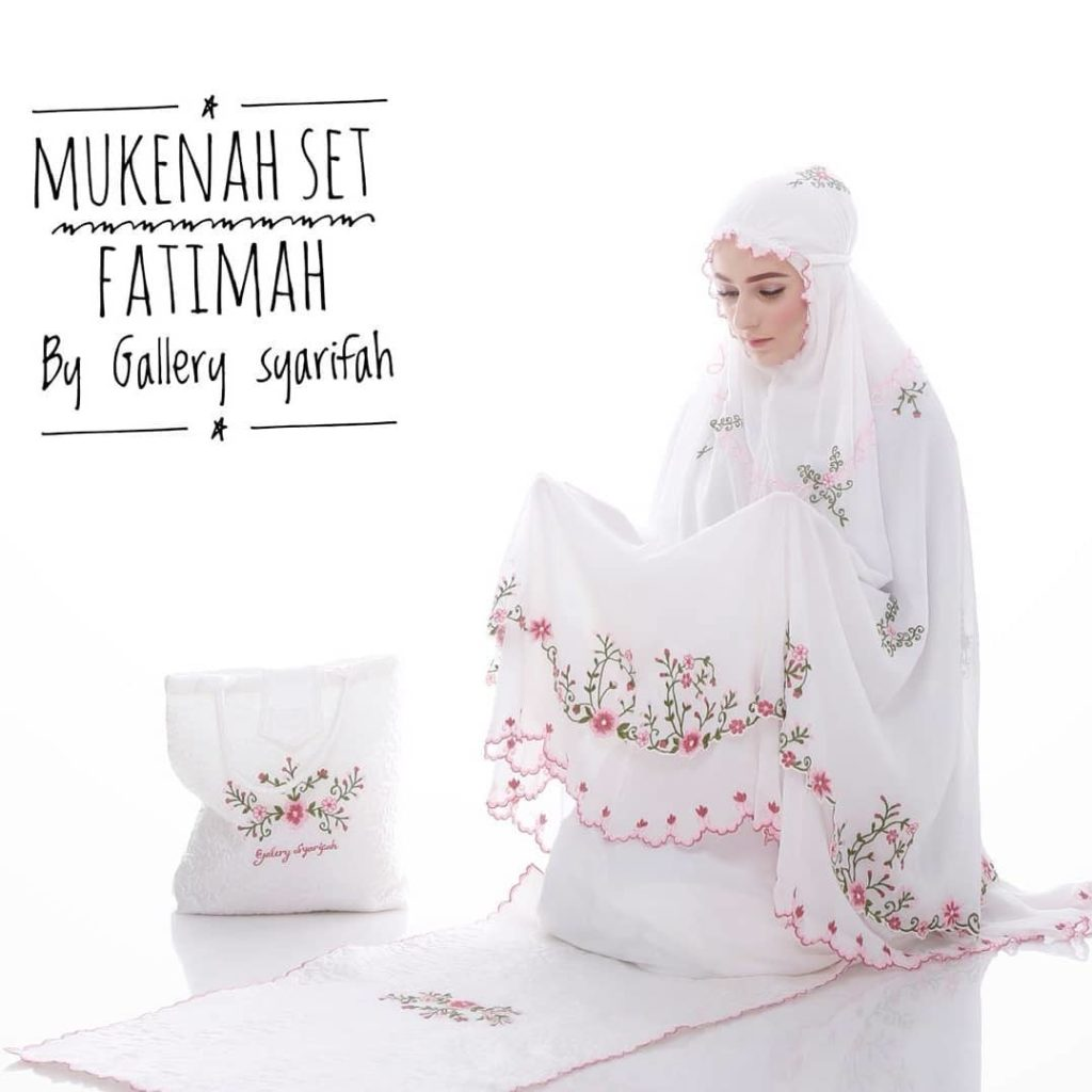 Mukena Fatimah by Gallery Syarifah Mukenah Bordir Eksklusif Bahan Ceruti Barbie 1 Warna Putih